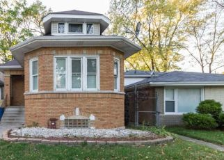 Pre Foreclosure in Chicago 60617 S OGLESBY AVE - Property ID: 1603026598