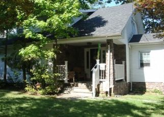 Pre Foreclosure in Woodbury 08096 S COLUMBIA ST - Property ID: 1603191722