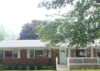 Pre Foreclosure in Lansing 60438 S MANOR DR - Property ID: 1603428213