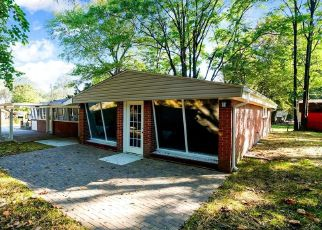 Pre Foreclosure in Glen Burnie 21061 GLOUCESTER DR - Property ID: 1603507493