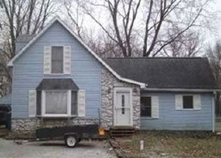 Pre Foreclosure in South Bend 46614 MILLER RD - Property ID: 1603624427