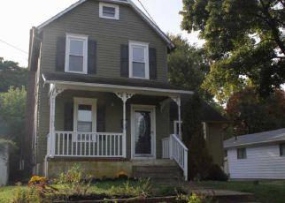 Pre Foreclosure in Magnolia 08049 JEFFERSON AVE - Property ID: 1603723410