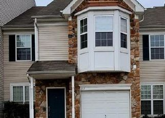 Pre Foreclosure in Woodbury 08096 SANSOM LN - Property ID: 1604558634