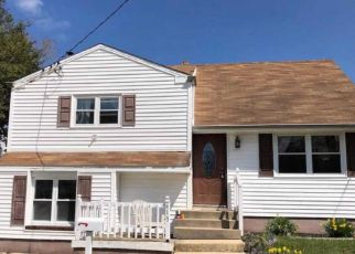 Pre Foreclosure in Glassboro 08028 DICKINSON RD - Property ID: 1604717623