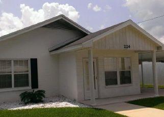 Pre Foreclosure in Starke 32091 W PRATT ST - Property ID: 1604897172