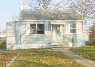 Pre Foreclosure in Sayreville 08872 MACARTHUR AVE - Property ID: 1605161725
