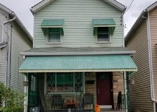 Pre Foreclosure in Mc Kees Rocks 15136 MUNSON AVE - Property ID: 1605440267