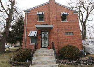 Pre Foreclosure in Chicago 60617 E 100TH ST - Property ID: 1605634287