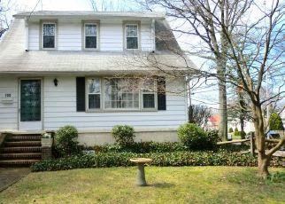 Pre Foreclosure in Audubon 08106 EDGEWOOD AVE - Property ID: 1606096801