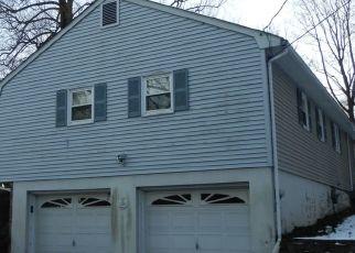 Pre Foreclosure in Bloomingdale 07403 CEDAR ST - Property ID: 1606150673