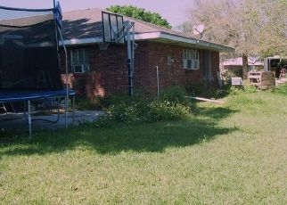 Pre Foreclosure in Arcadia 34266 SE VERMONT AVE - Property ID: 1606446295