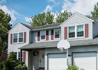 Pre Foreclosure in Liverpool 13090 PLUM YEW CIR - Property ID: 1606718720
