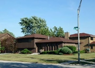 Pre Foreclosure in Chicago Heights 60411 LAKE LYNWOOD DR - Property ID: 1606889978