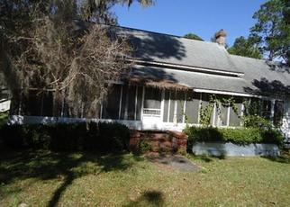 Pre Foreclosure in Pinetta 32350 NE PETUNIA ST - Property ID: 1607222829