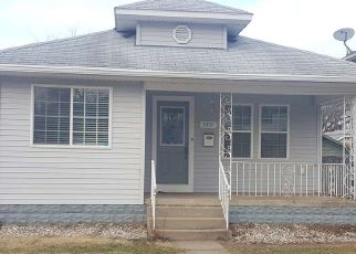 Pre Foreclosure in South Bend 46614 E FAIRVIEW AVE - Property ID: 1607943285