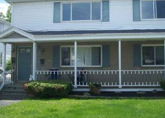 Pre Foreclosure in Buffalo 14227 N SEINE DR - Property ID: 1608173673