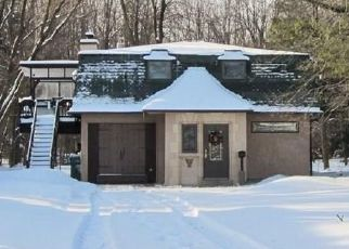 Pre Foreclosure in Hamburg 14075 MARION PL - Property ID: 1608181101