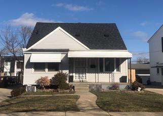 Pre Foreclosure in Center Line 48015 COOLIDGE - Property ID: 1608206515