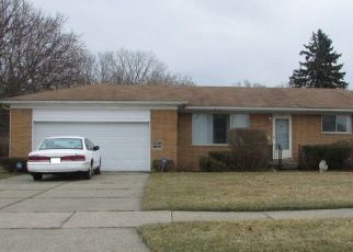 Pre Foreclosure in Mount Clemens 48043 CLINTON RIVER DR - Property ID: 1608210907
