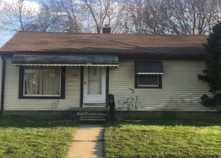 Pre Foreclosure in Warren 48089 COUWLIER AVE - Property ID: 1608216140