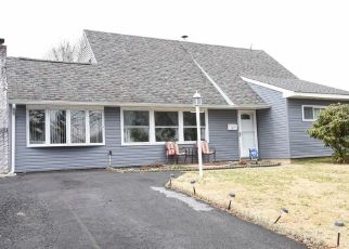 Pre Foreclosure in Levittown 19057 QUEENS BRIDGE RD - Property ID: 1608405801