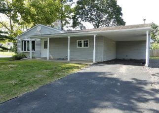Pre Foreclosure in Levittown 19057 GOODTURN RD - Property ID: 1608411937