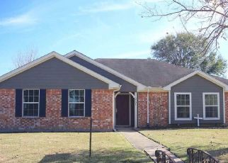 Pre Foreclosure in Port Neches 77651 15TH ST - Property ID: 1608826243
