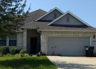 Pre Foreclosure in Baytown 77523 HOLLY SPRING LN - Property ID: 1608834121