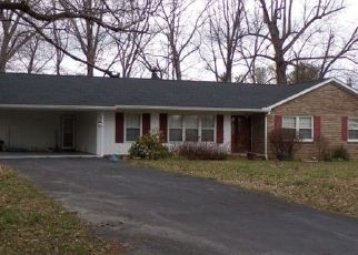 Pre Foreclosure in Cookeville 38501 FOREST HILLS DR - Property ID: 1608871358