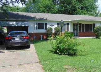 Pre Foreclosure in Jackson 38305 CAMPBELL ST - Property ID: 1608920860