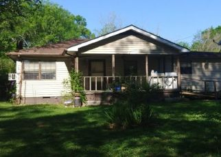 Pre Foreclosure in Chattanooga 37412 TRUMAN AVE - Property ID: 1608988741