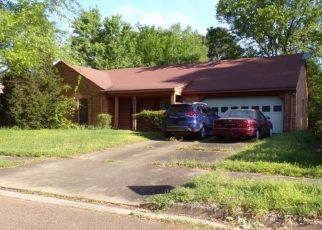 Pre Foreclosure in Memphis 38141 CHERRY BARK DR - Property ID: 1609004503
