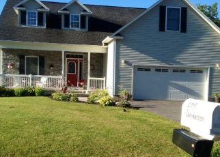 Pre Foreclosure in Camillus 13031 SANDERSON DR - Property ID: 1609101294