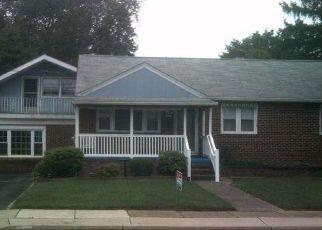 Pre Foreclosure in Glendora 08029 7TH AVE - Property ID: 1609128900