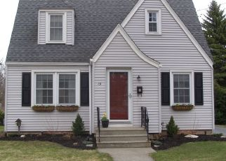 Pre Foreclosure in Lockport 14094 WILSON PKWY - Property ID: 1609232243