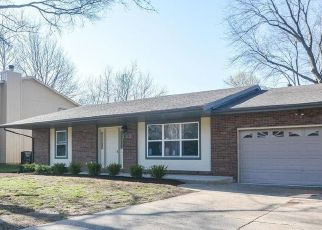 Pre Foreclosure in Belleville 62221 FORT HENRY RD - Property ID: 1609686880