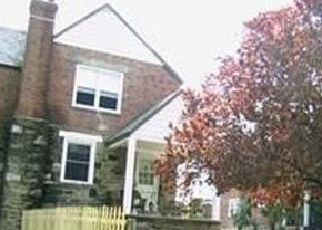 Pre Foreclosure in Upper Darby 19082 SAINT LAURENCE RD - Property ID: 1609997837