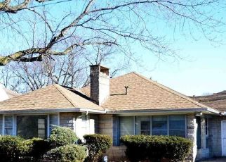 Pre Foreclosure in Peoria 61604 N PIERSON AVE - Property ID: 1610228194