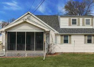 Pre Foreclosure in Peoria Heights 61616 E MONETA AVE - Property ID: 1610251867