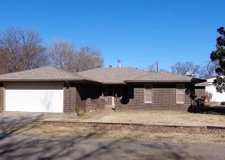 Pre Foreclosure in Crescent 73028 W JACKSON ST - Property ID: 1610688514