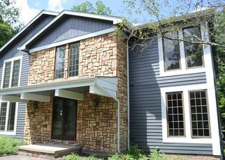 Pre Foreclosure in Gates Mills 44040 HILLCREEK LN - Property ID: 1610828220