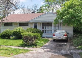 Pre Foreclosure in Cincinnati 45231 DESOTO DR - Property ID: 1610946483