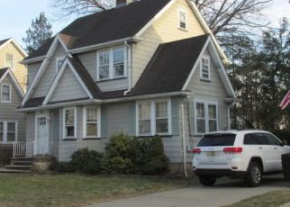 Pre Foreclosure in New Milford 07646 HARRISON ST - Property ID: 1611069102