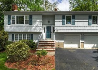 Pre Foreclosure in Pompton Lakes 07442 LAUREL AVE - Property ID: 1611117281