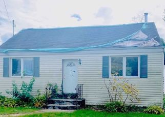 Pre Foreclosure in Huntington Station 11746 SOMERSET ST - Property ID: 1611282851
