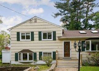 Pre Foreclosure in Westport 06880 SUE TER - Property ID: 1611621846