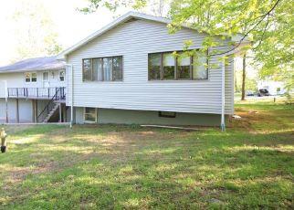 Pre Foreclosure in Wolcott 06716 DI SANTO DR - Property ID: 1611656883