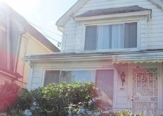 Pre Foreclosure in Forest Hills 11375 MANSE ST - Property ID: 1611930159
