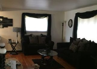 Pre Foreclosure in Verona 15147 OUTLOOK DR - Property ID: 1612301123