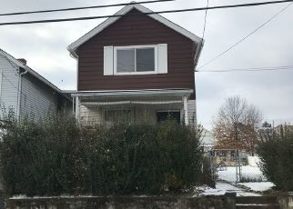 Pre Foreclosure in Carnegie 15106 BANK ST - Property ID: 1612304639